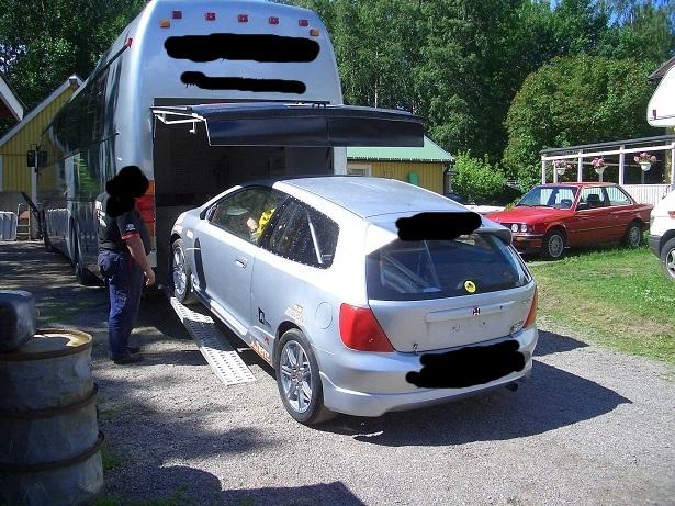 Mercatino racing annunci auto da corsa in vendita for Ampio garage per auto